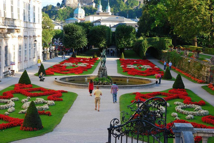 Дворец и сады Мирабелль